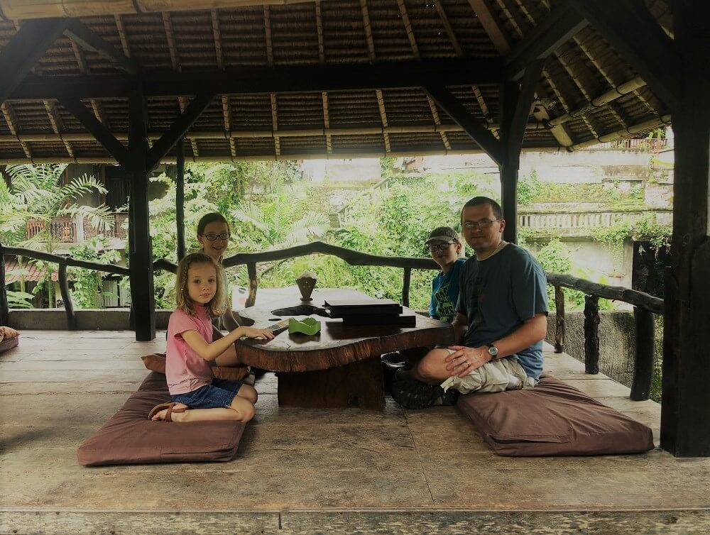 Outdoor dining Bali