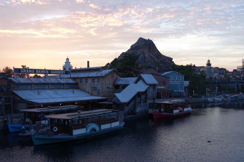 Tokyo DisneySea at sunset