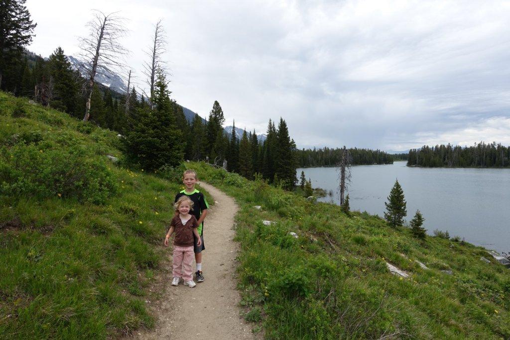 kids on hiking trail