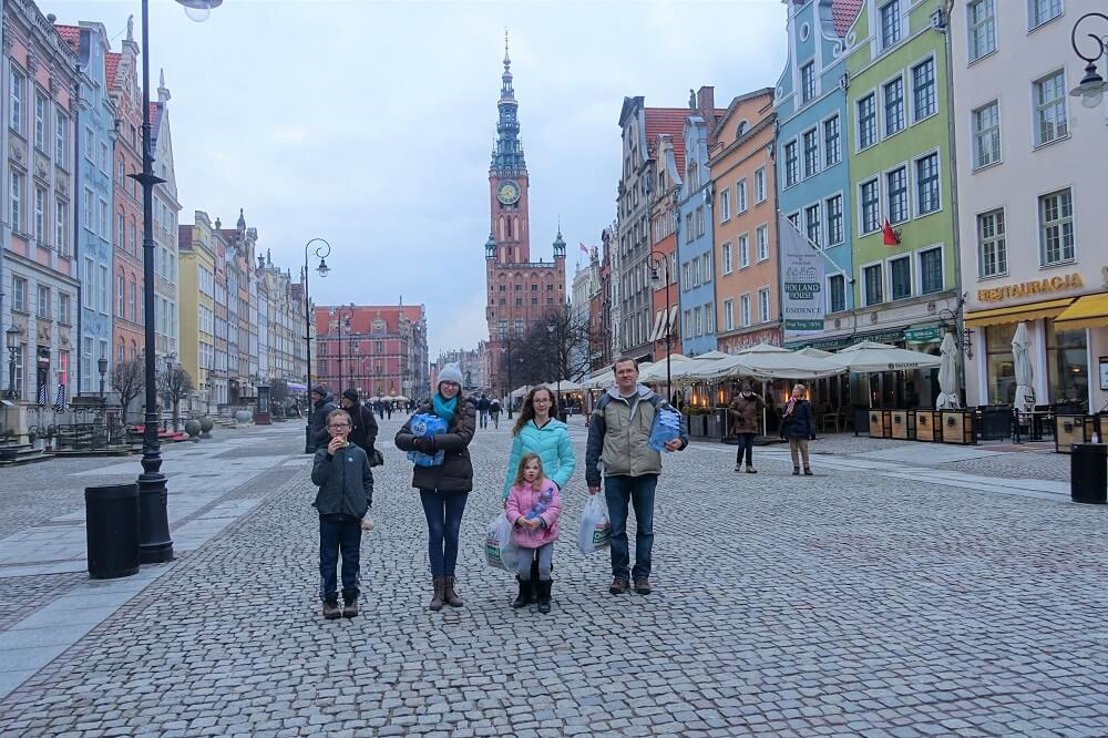 In Old Town Gdansk with groceries
