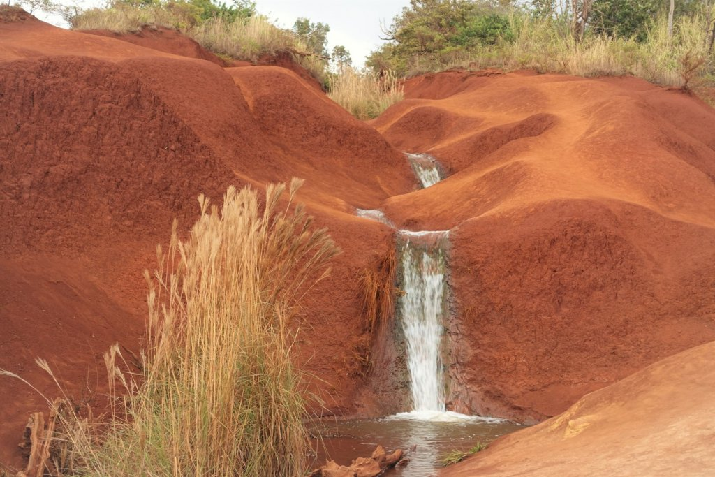 Waterfall in red dirt