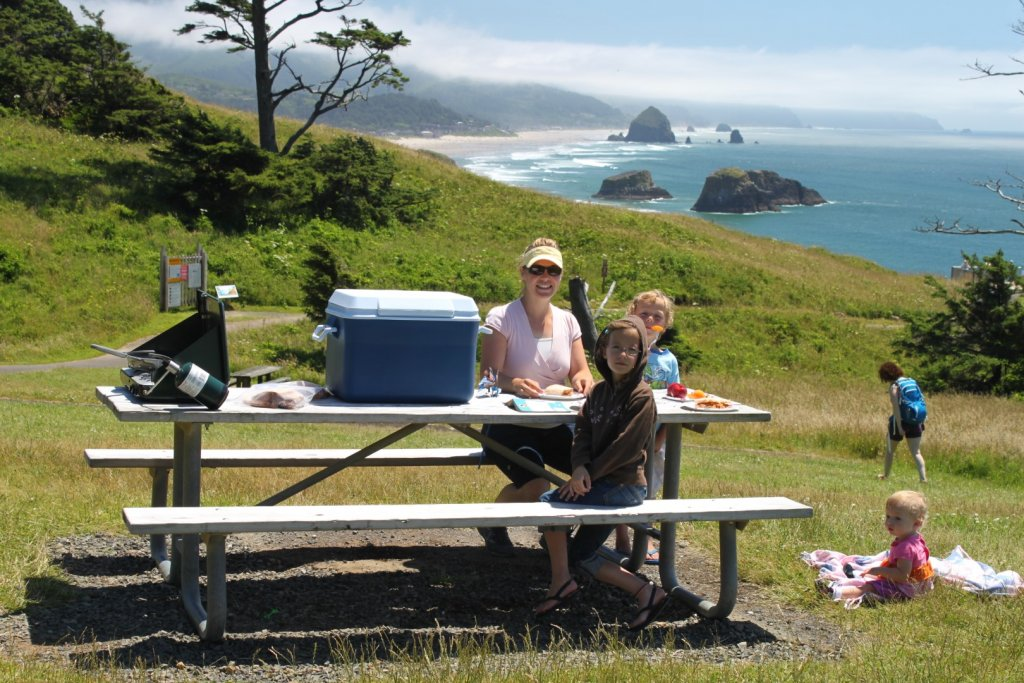 picnic overlooking the ocean at Ecola Point