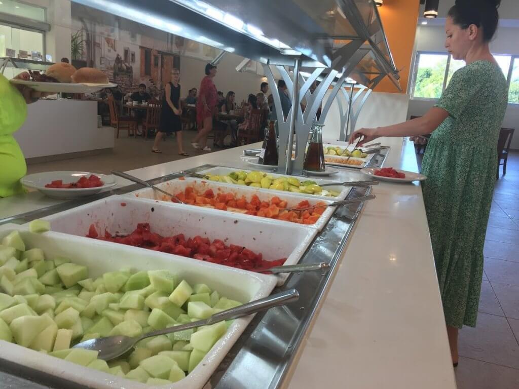 fruit in a buffet